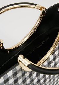Faith - GINGHAM HANDLE GRAB - Handbag - black