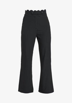 TORA TROUSERFASHION UNION SCALLOP TRIM - Spodnie materiałowe - black