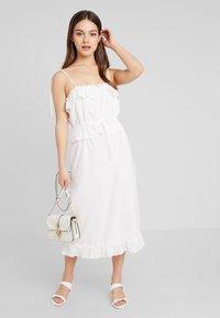 Fashion Union Petite - MIDI CAMI DRESS ANGLAISE - Vestido largo - ivory - 1