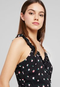 Fashion Union Petite - PRINT MAXI DRESS WITH RUFFLED CAMI STRAPS - Maxiklänning - multi-coloured - 3