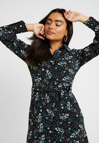 Fashion Union Petite - PEACH - Robe d'été - star - 4