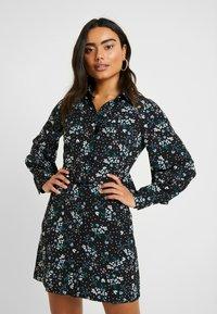 Fashion Union Petite - PEACH - Robe d'été - star - 0