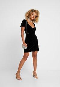 Fashion Union Petite - OATILIA - Denní šaty - black - 2