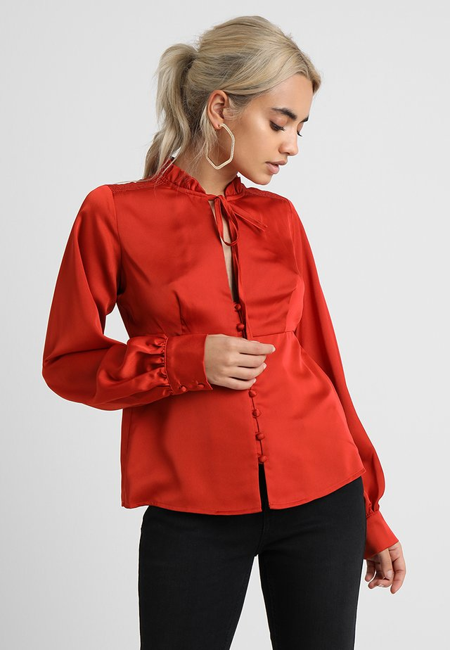 EDME WITH TIE WAIST - Button-down blouse - rust