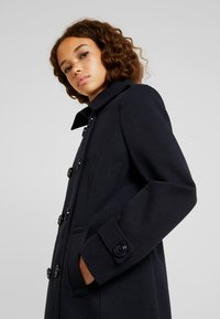 Fashion Union Petite - DOUBLE BREASTED PEA COAT - Kort kappa / rock - navy - 4