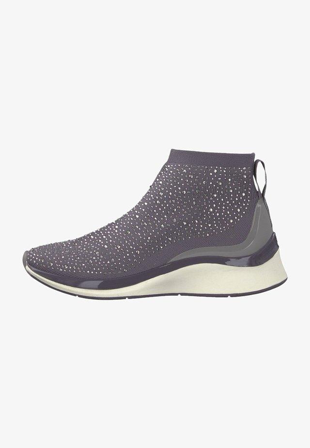 Höga sneakers - rock