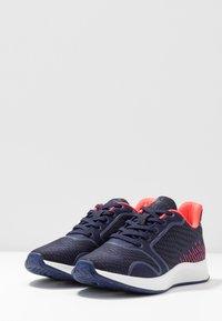 Tamaris Fashletics - Sneakers - pacific/neon - 4
