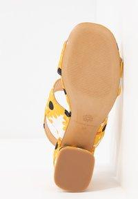 Fabienne Chapot - BELLE  - Sandals - offwhite - 6