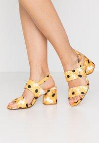 Fabienne Chapot - BELLE  - Sandals - offwhite - 0