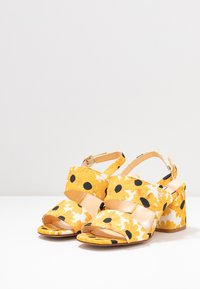 Fabienne Chapot - BELLE  - Sandals - offwhite - 4