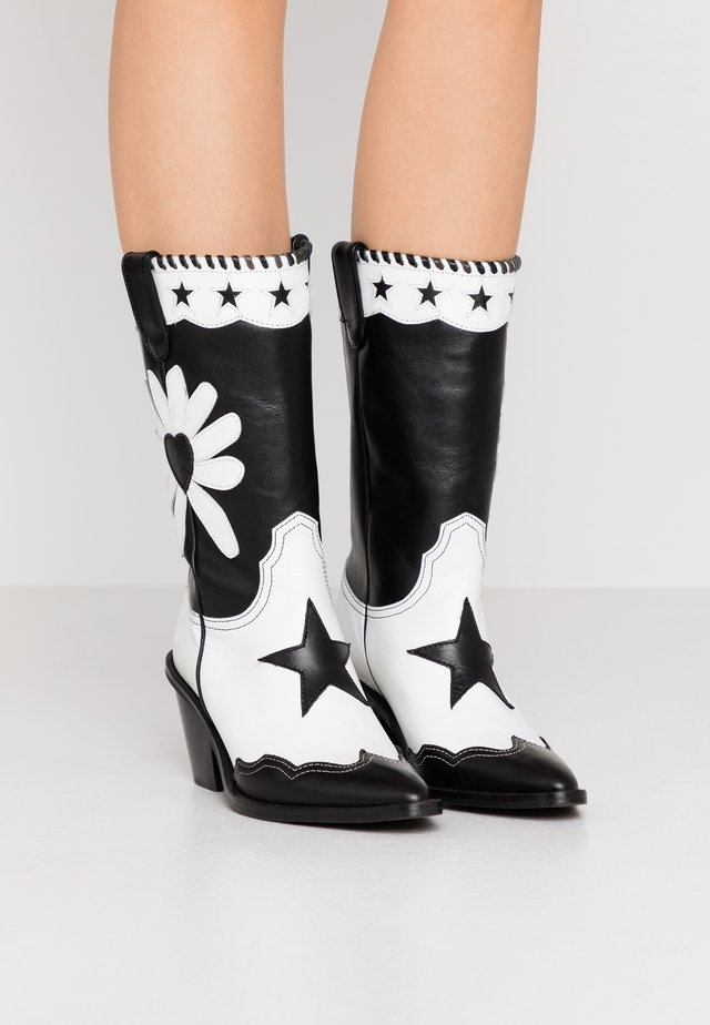 DOLLY HIGH SPECIAL  - Cowboy/Biker boots - black/white