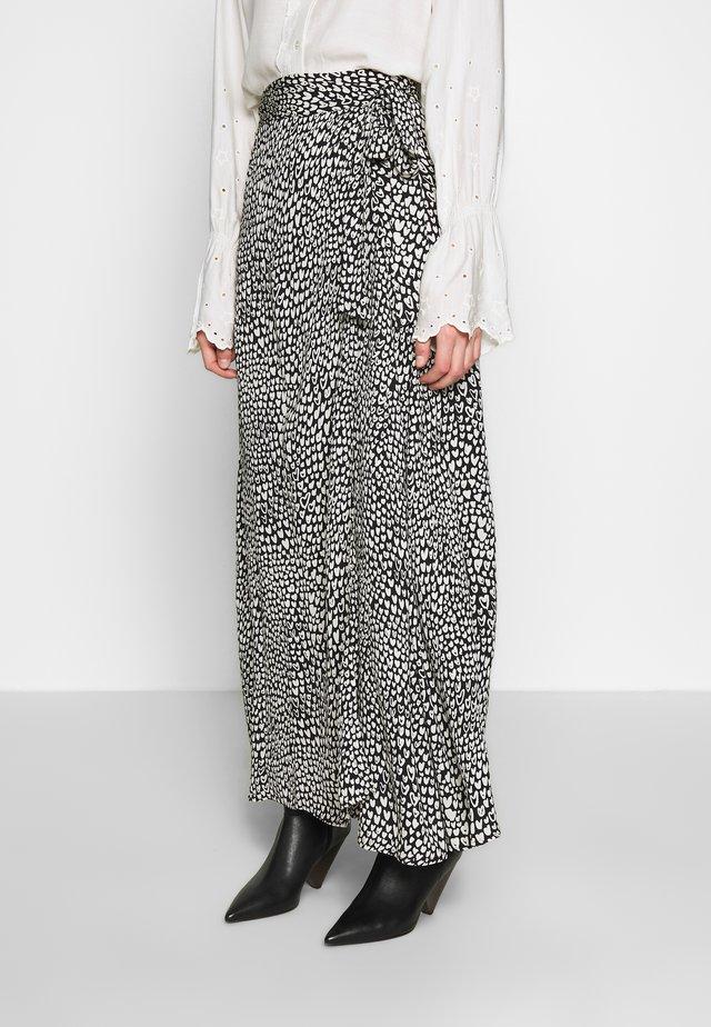 BOBO SKIRT - Wrap skirt - black/offwhite