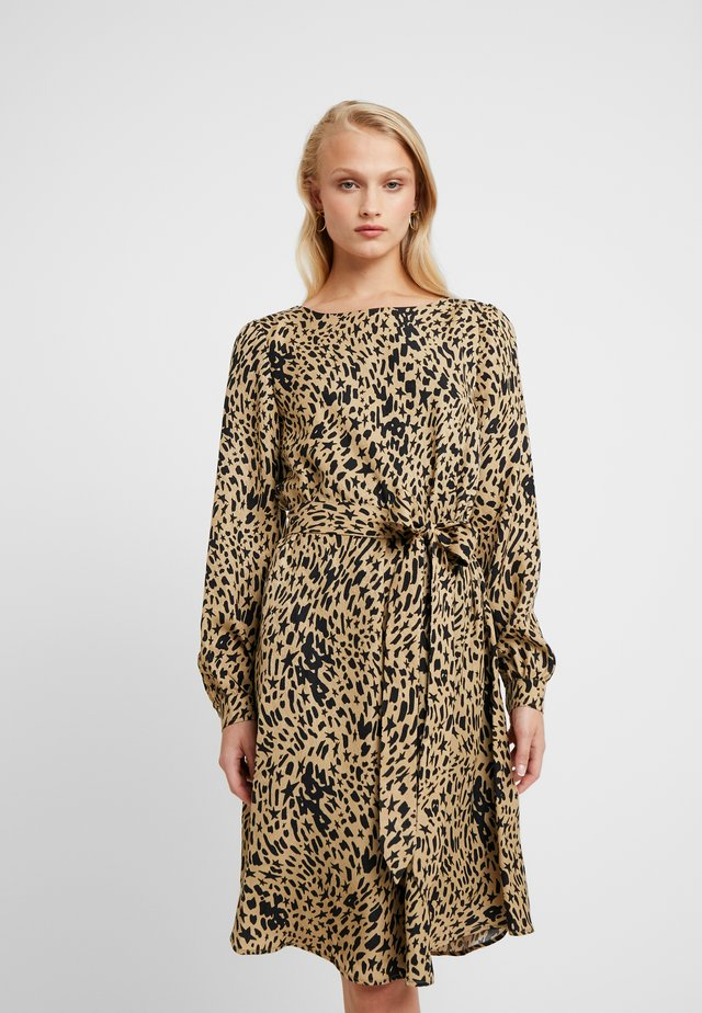 HELEN DRESS - Korte jurk - beige