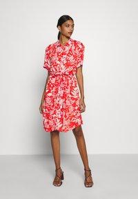 Fabienne Chapot - BOYFRIEND LOVELY LOVE - Shirt dress - crazy coral - 0