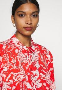 Fabienne Chapot - BOYFRIEND LOVELY LOVE - Shirt dress - crazy coral - 5