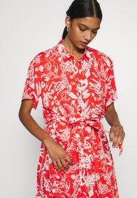 Fabienne Chapot - BOYFRIEND LOVELY LOVE - Shirt dress - crazy coral - 3