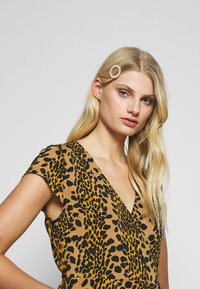 Fabienne Chapot - ARCHANA LOU DRESS - Day dress - retro panther - 3