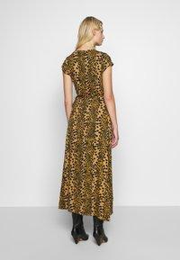 Fabienne Chapot - ARCHANA LOU DRESS - Day dress - retro panther - 2