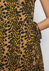 Fabienne Chapot - ARCHANA LOU DRESS - Day dress - retro panther - 7