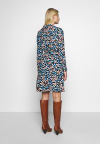 Fabienne Chapot - HAYLEY DRESS - Shirt dress - blue/orange/white - 2