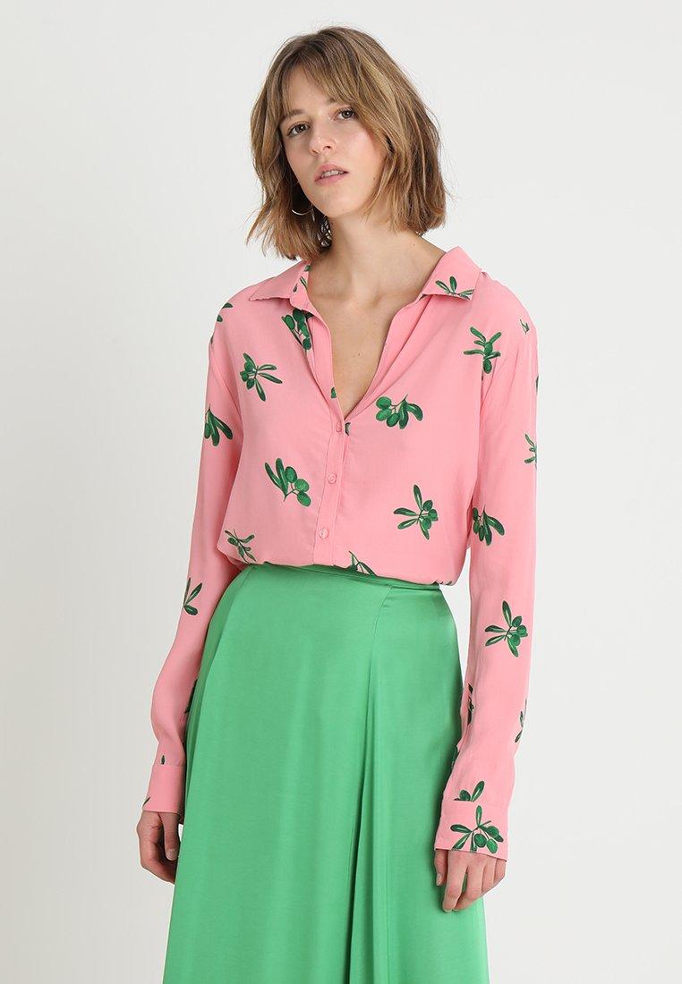 Fabienne Chapot - BLOUSE - Skjortebluser - geranium pink