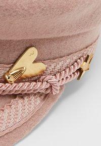 Fabienne Chapot - HAT - Kšiltovka - palm pink - 5
