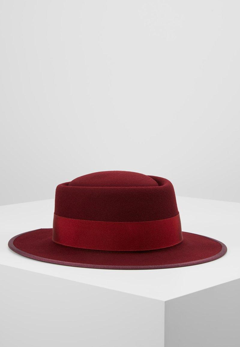 Fabienne Chapot - SOPHIA HAT - Hat - wine and dine