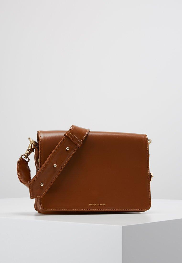 Fabienne Chapot - FELICE BAG SMALL - Umhängetasche - cognac