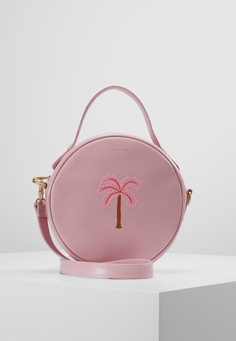 Fabienne Chapot - ROUNDY BAG PALM EMBROIDERY - Käsilaukku - pink romance