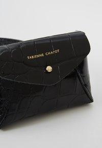 Fabienne Chapot - CINDY MINI PURSE BELT - Gürteltasche - black - 6