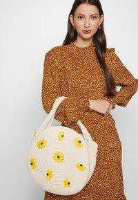 Fabienne Chapot - SUMMER BAG SMALL - Handbag - off white - 1