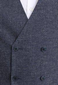 Farah Tailoring - LEADHALL MULTI YARN WAISTCOAT - Anzugweste - true navy - 5