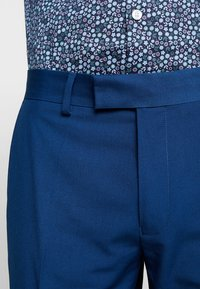 Farah Tailoring - HENDERSON NOTCH  - Dress - regatta blue - 9