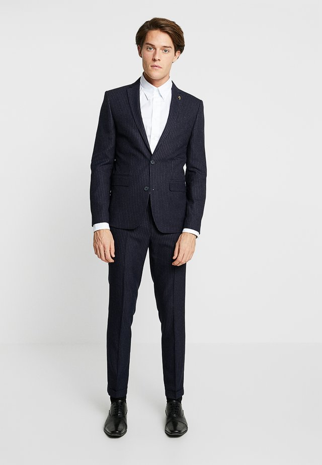 HENDERSON PINSTRIPE NOTCH TURN UP SKINNY  - Suit - true navy