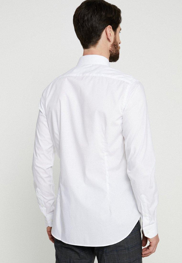 Classique White Tailoring Slim Farah Handford FitChemise srxtdhQC