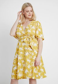 Fashion Union Plus - WRAP DRESS IN FLORAL PRINT - Day dress - summer shadow - 0