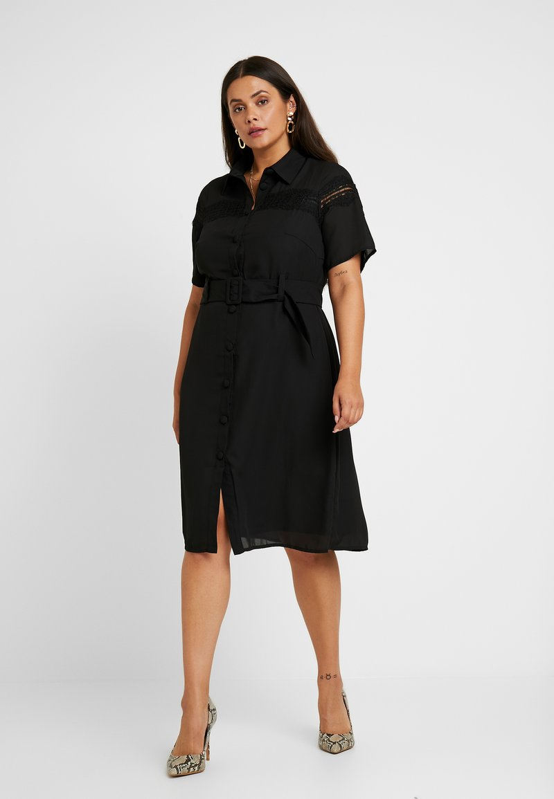 Fashion Union Plus - MIDI DRESS WITH INSERT AND BELT DETAIL - Robe chemise - black