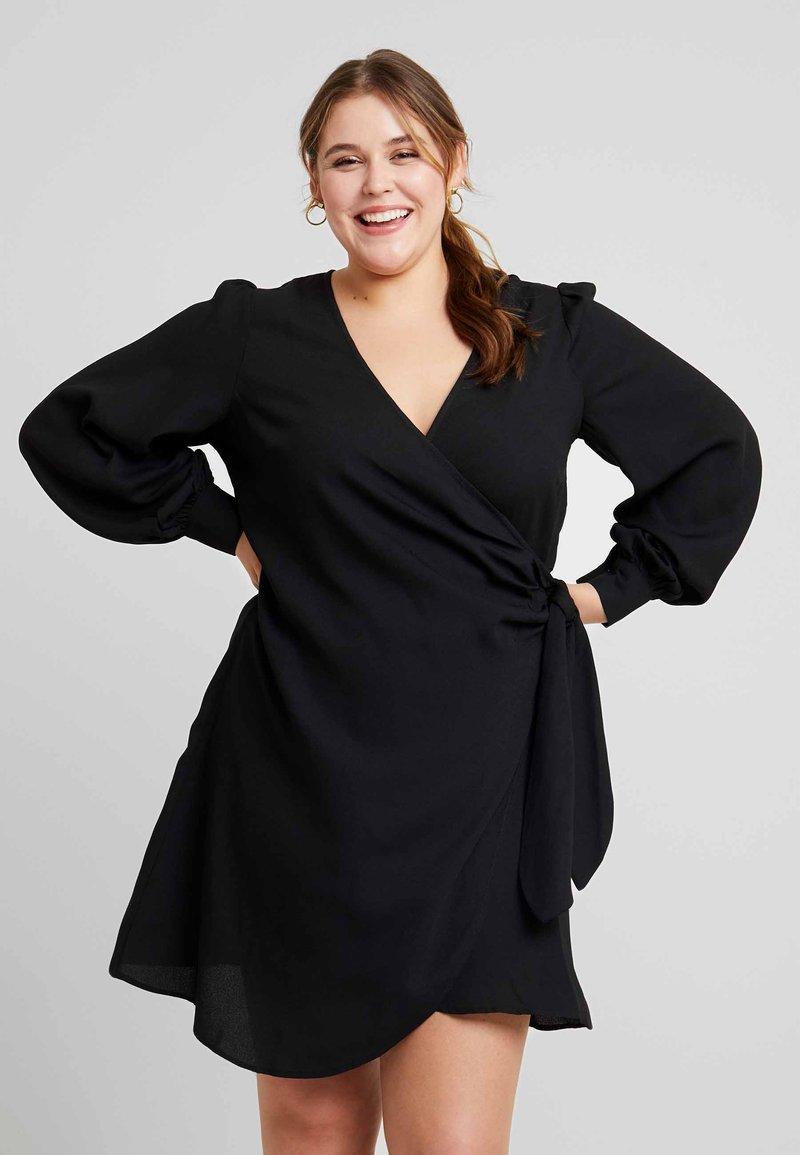 Fashion Union Plus - V NECK MIDI DRESS WITH SIDE KNOT - Denní šaty - black