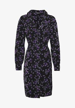 FLORAL BUTTON THROUGH DRESS WITH WAIST TIE - Denní šaty - black base purple floral