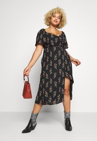 Fashion Union Plus - FLORAL WRAP FRONT MIDI DRESS - Day dress - black - 1