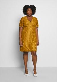Fashion Union Plus - LUCA DRESS - Sukienka koktajlowa - yellow - 0