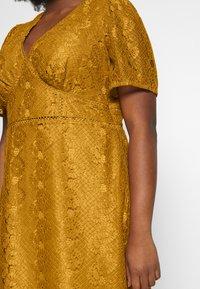 Fashion Union Plus - LUCA DRESS - Sukienka koktajlowa - yellow - 6