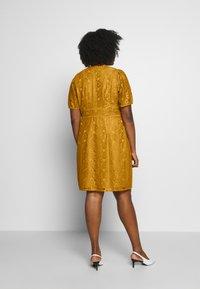 Fashion Union Plus - LUCA DRESS - Sukienka koktajlowa - yellow - 2
