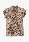 Fashion Union Plus - PUSSY BOW NECK BLOUSE WITH RUFFLED SLEEVE - Bluse - brown
