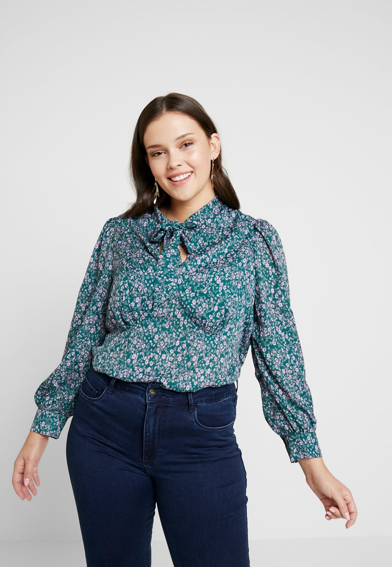 Fashion Union Plus - PEONIE PUSSYBOW BLOUSE - Bluser - multi-coloured