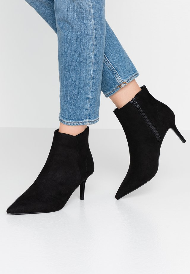 WIDE FIT WICKED - Ankle boots - black