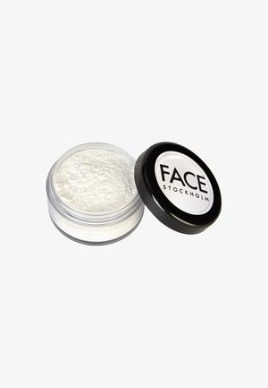 MATTE FINISHING POWDER - Puder - -
