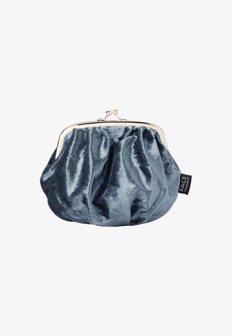 FACE STOCKHOLM - VELVET BAG - Kosmetiktasker - grå