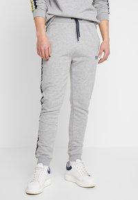 FAKTOR - AIM - Teplákové kalhoty - grey - 0