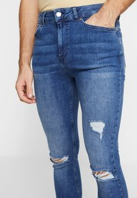 FAKTOR - CRUZ SKINNY JEANS - Jeans Skinny Fit - blue denim - 3